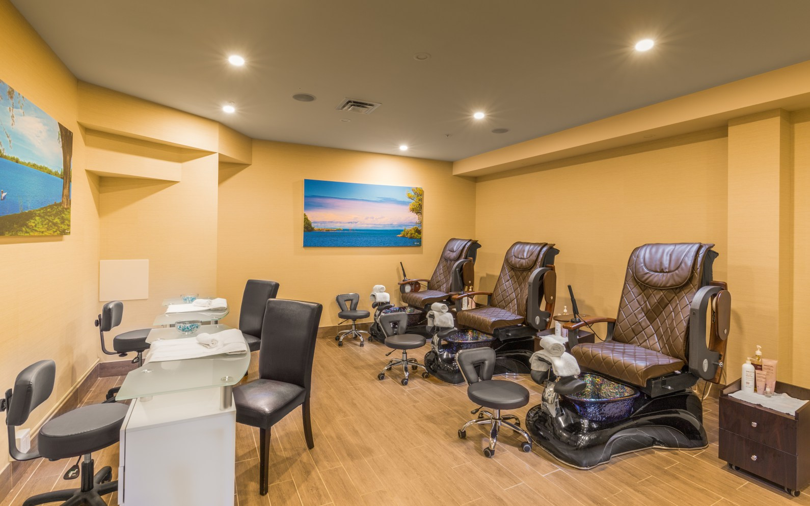 Manicure And Massage At Living Shore Spa